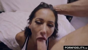 Hottie licks pissing cumhole