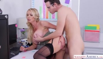 Brute fucks babe's throat while twisting her arms