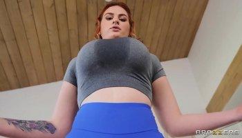 Thai babe fucked by an inked Yakuza guy