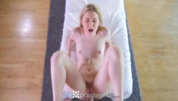 Fire redhead licked and fucked till creampie