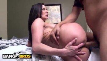 Pretty Hot Babe Dildo Fucks Her Tight Pussy