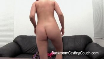 Pink bra busty bitch getting her pussy placed in c